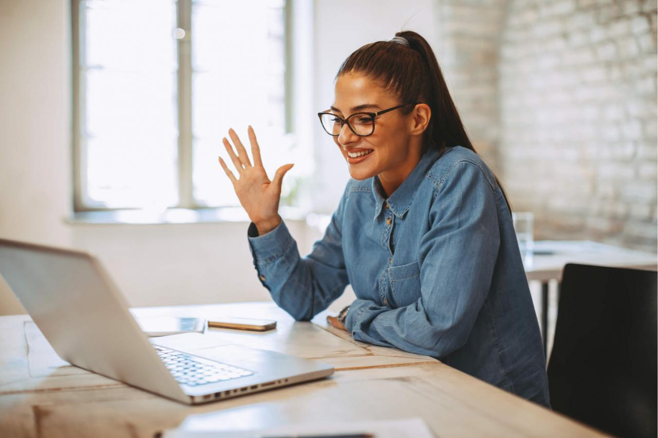 8 Tips for Conducting a Remote Interview | Robert Half